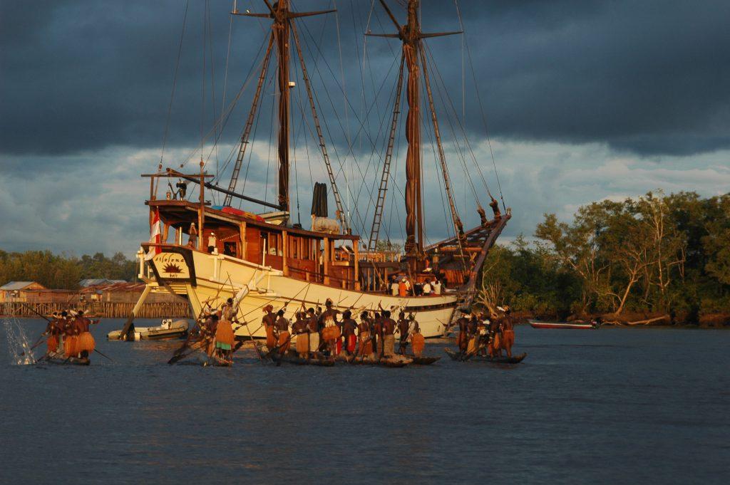 Asmat Canoes | Asmat Tribes | Hello Papua