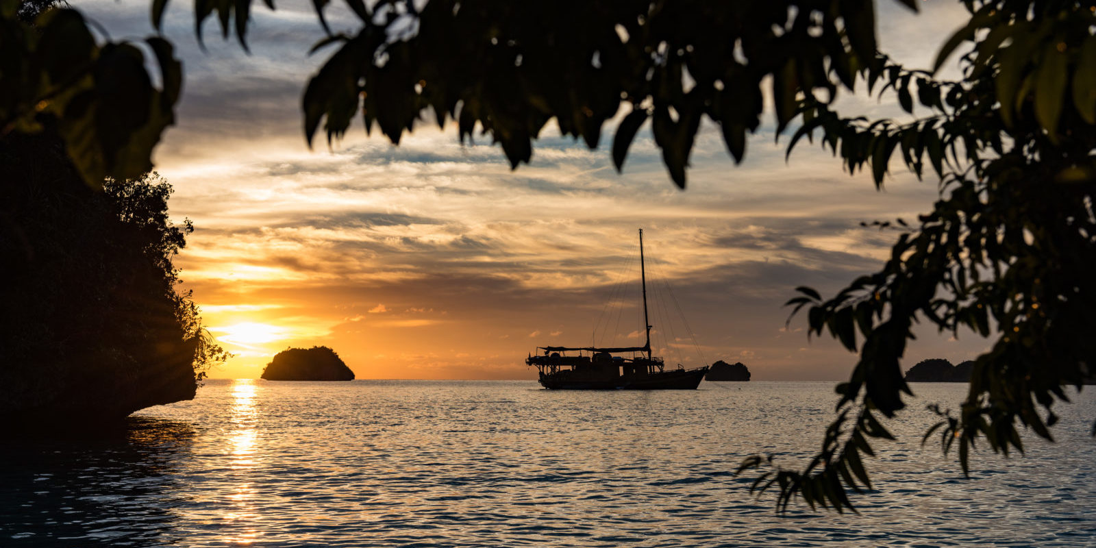 Phinisi and Sunset in Raja Ampat